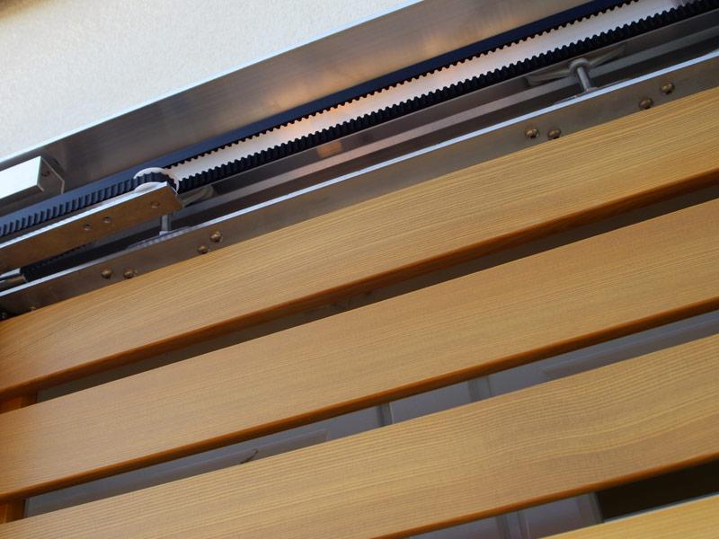 Fensterläden Holz Keilriemenantrieb