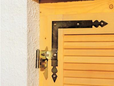 Zierfensterläden Holz - Fensterläden Rustikal Holz